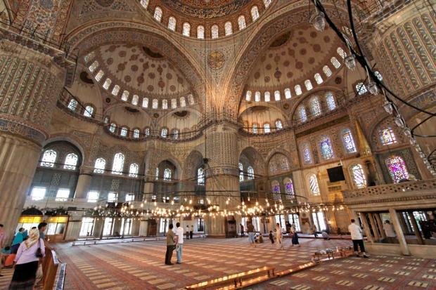 جدران المسجد الازرق اسطنبول