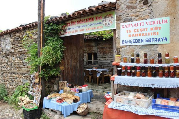 القرية العثمانية جومالي كيزيك الاماكن السياحية في بورصة