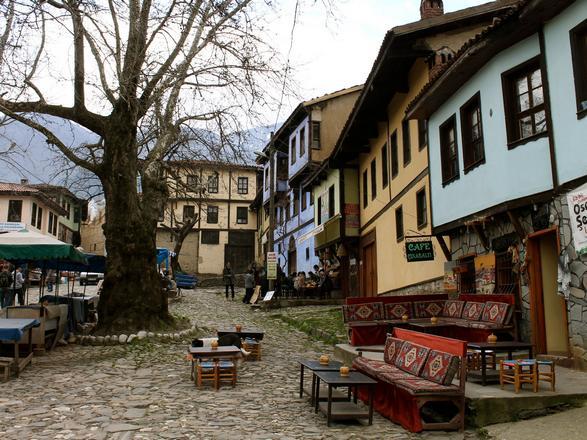 القرية العثمانية جومالي كيزيك بورصة تركيا