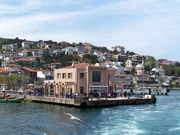 جزيرة الاميرات في اسطنبول تركيا