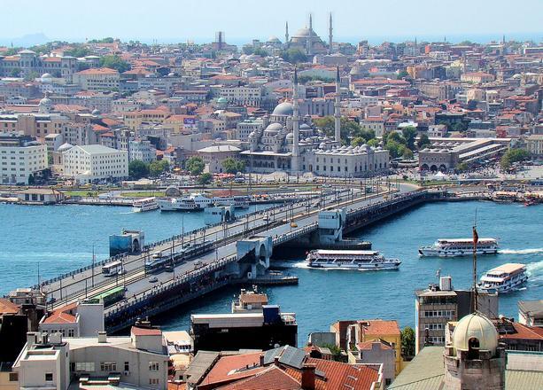 جسر غلطة اسطنبول