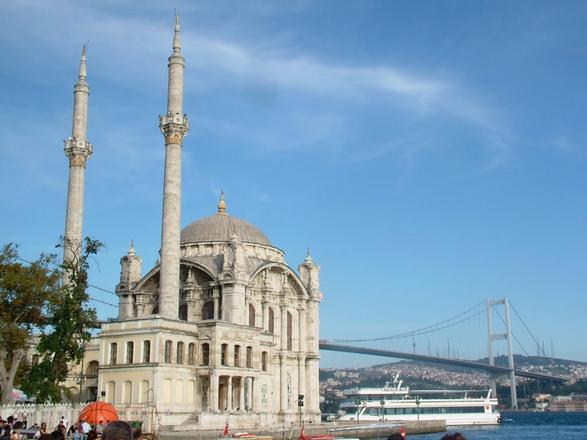 منطقة اورتاكوي اسطنبول - مساجد اسطنبول