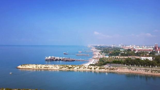 شاطئ لارا في انطاليا -اجمل شواطئ تركيا انطاليا