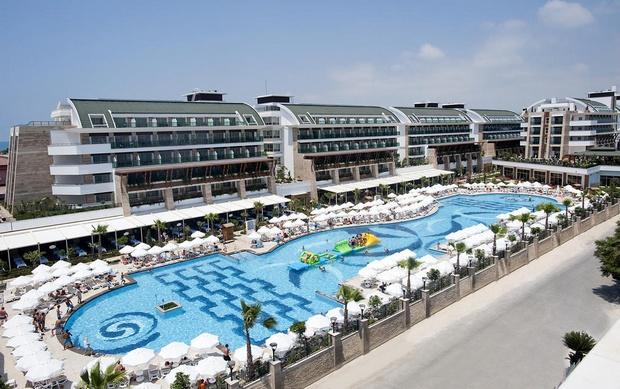 فندق كريستال ووتر وورلد انطاليا - افضل فندق في انطاليا على البحر