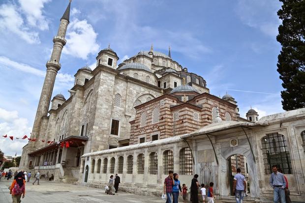مسجد الفاتح اسطنبول
