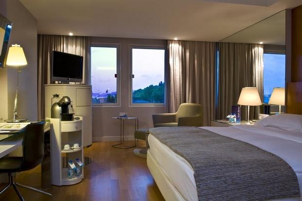 راديسون بلو اسطنبول اورتاكوي - افضل فنادق اسطنبول المطلة على البحر