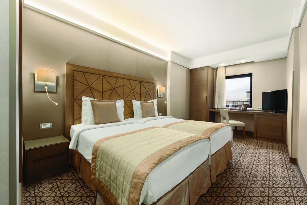 فندق رمادا بلازا اسطنبول - حجز فنادق في اسطنبول تقسيم