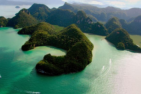 جزيرة العذراء الحامل لنكاوي - السياحة في لنكاوي