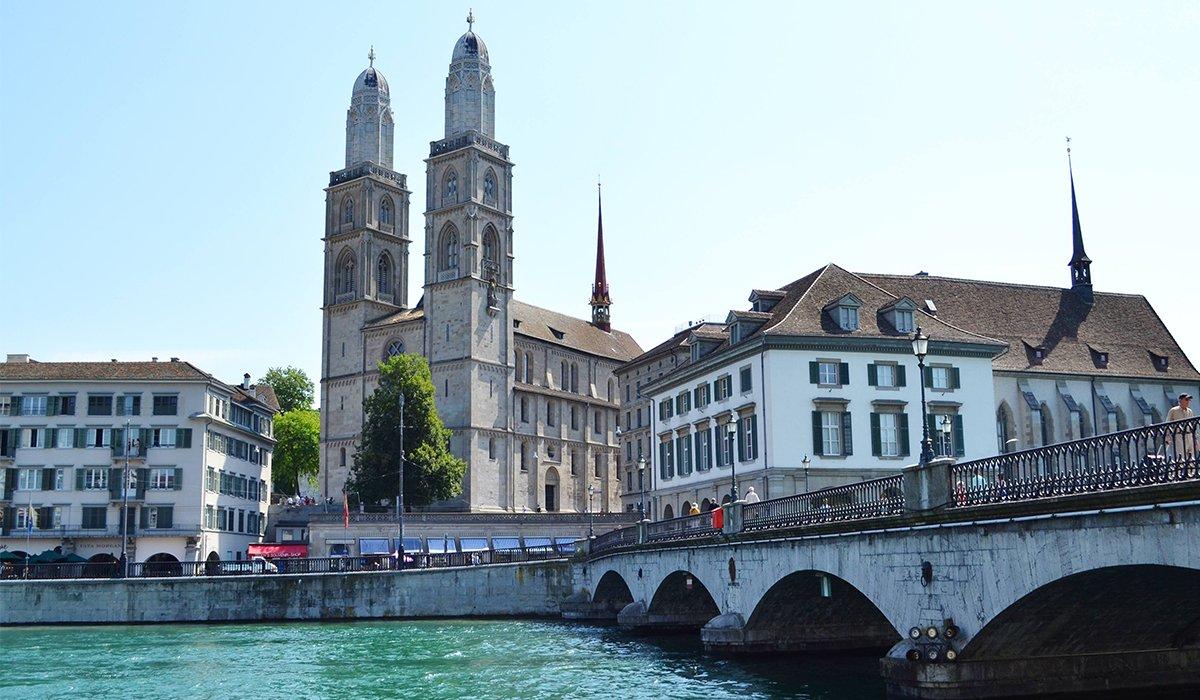 بحيرة زيورخ - افضل الاماكن في سويسرا