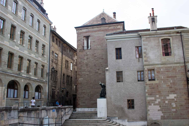 البلدة القديمة جنيف