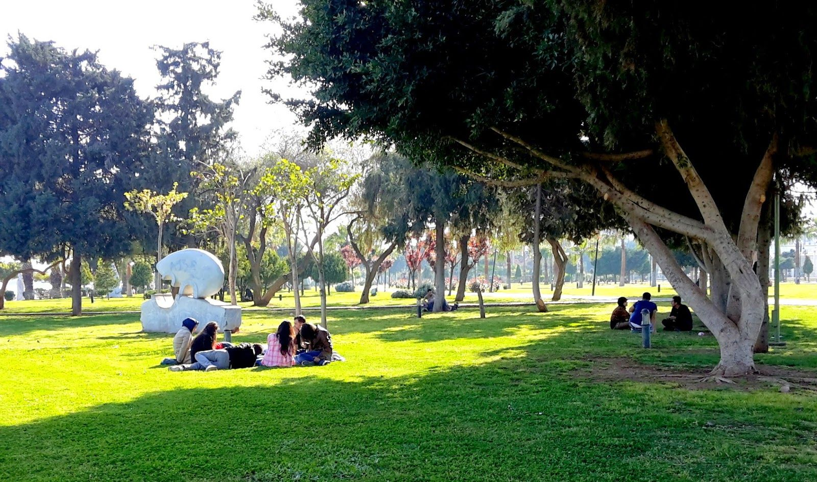 حديقة اتاتورك في مرسين