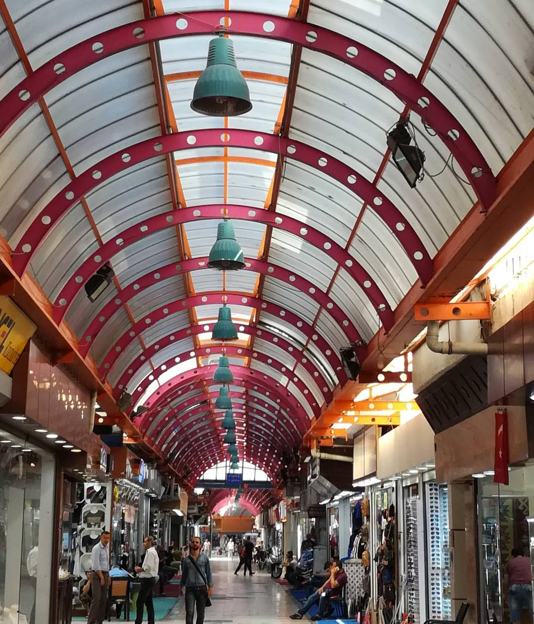 بازار مرمريس - السياحة في مرمريس