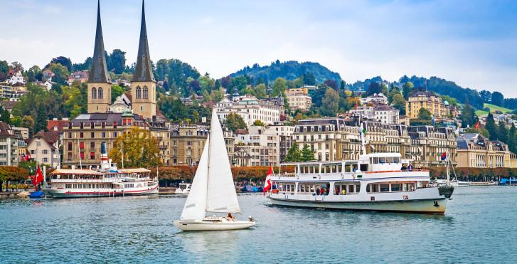 بحيرة لوسيرن - المناطق السياحية في سويسرا