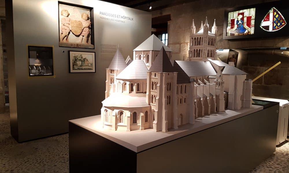 متحف التاريخ في لوزان - السياحة في لوزان سويسرا