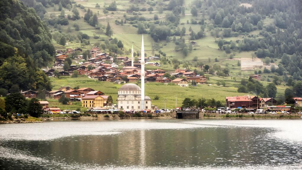 بحيرة اوزنجول التركيه افضل اماكن سياحية في طرابزون