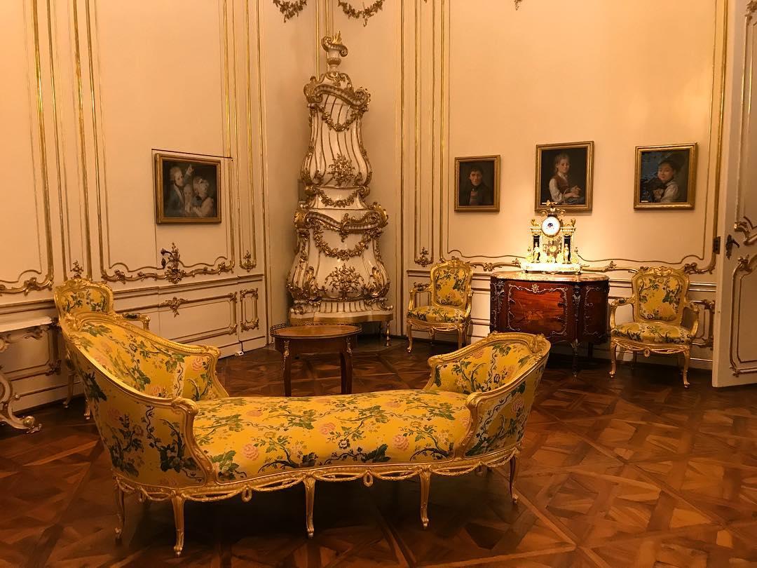 قصر شونبرون في فيينا - اجمل اماكن السياحة في فيينا