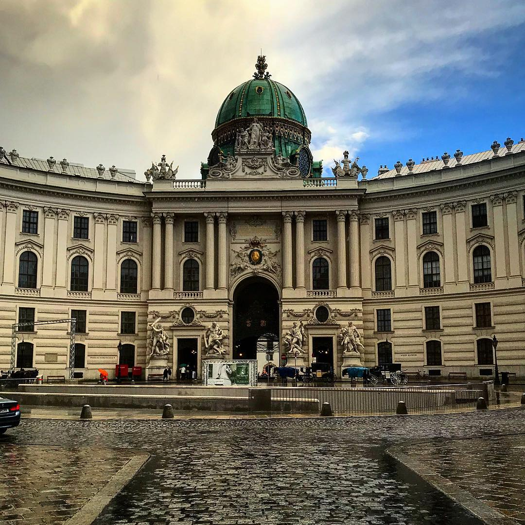 قصر هوفبورغ - اجمل الاماكن في فيينا