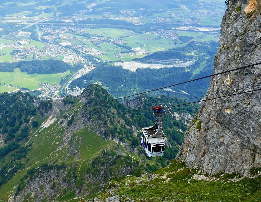 تلفريك جبل انترسبيرغ - مدن النمسا السياحية