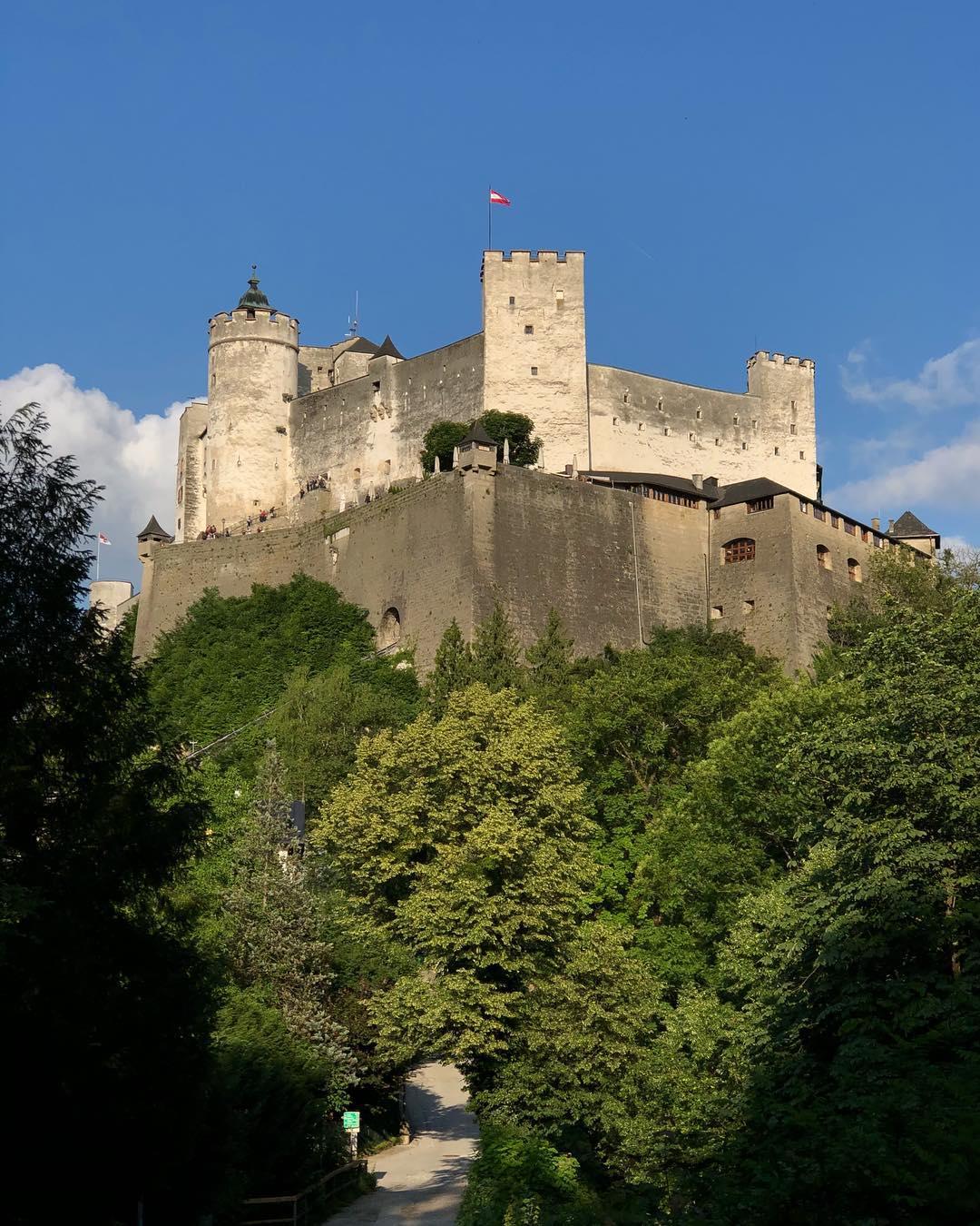 قلعة هوهن سالزبورغ - افضل الاماكن في سالزبورغ