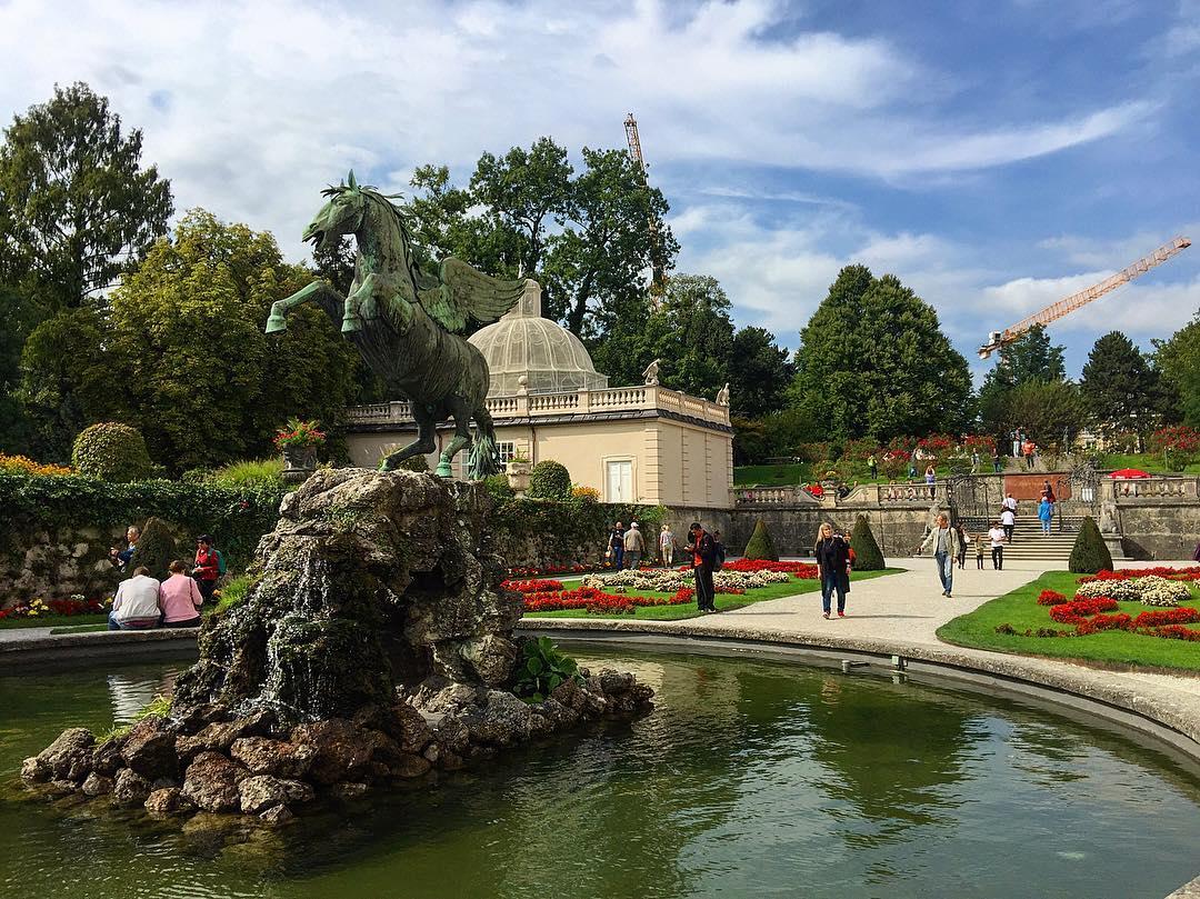 قصر ميرابيل سالزبورغ - الاماكن السياحية في سالزبورغ