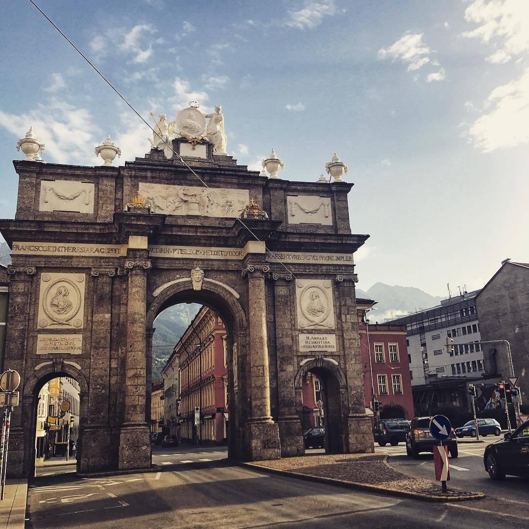 بوابة النصر انسبروك - المناطق السياحية في النمسا