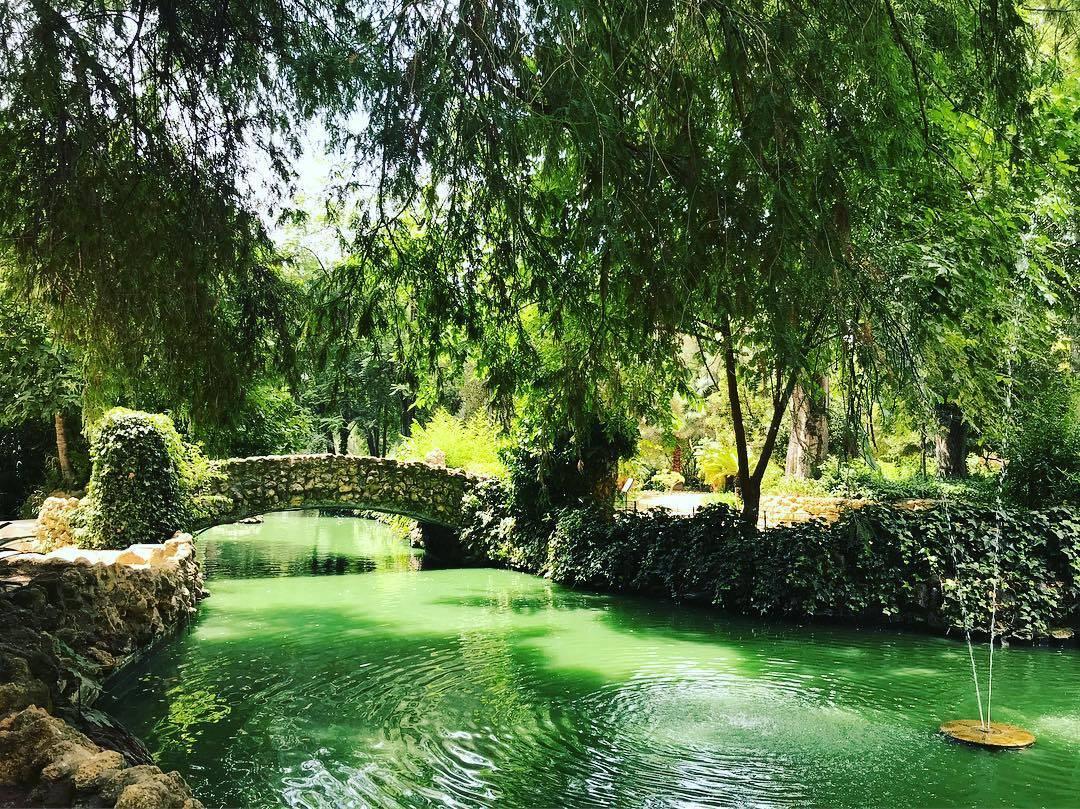 حديقة ماريا لويزا - اماكن سياحية في اشبيلية