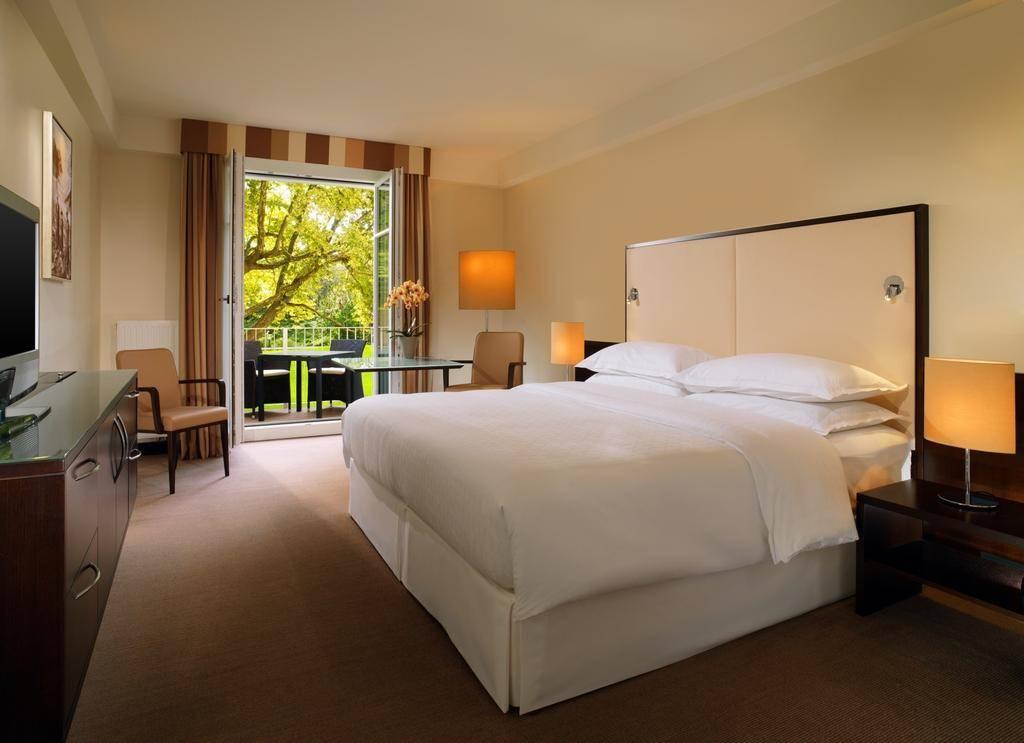 فندق شيراتون سالزبورغ - السياحة في سالزبورغ