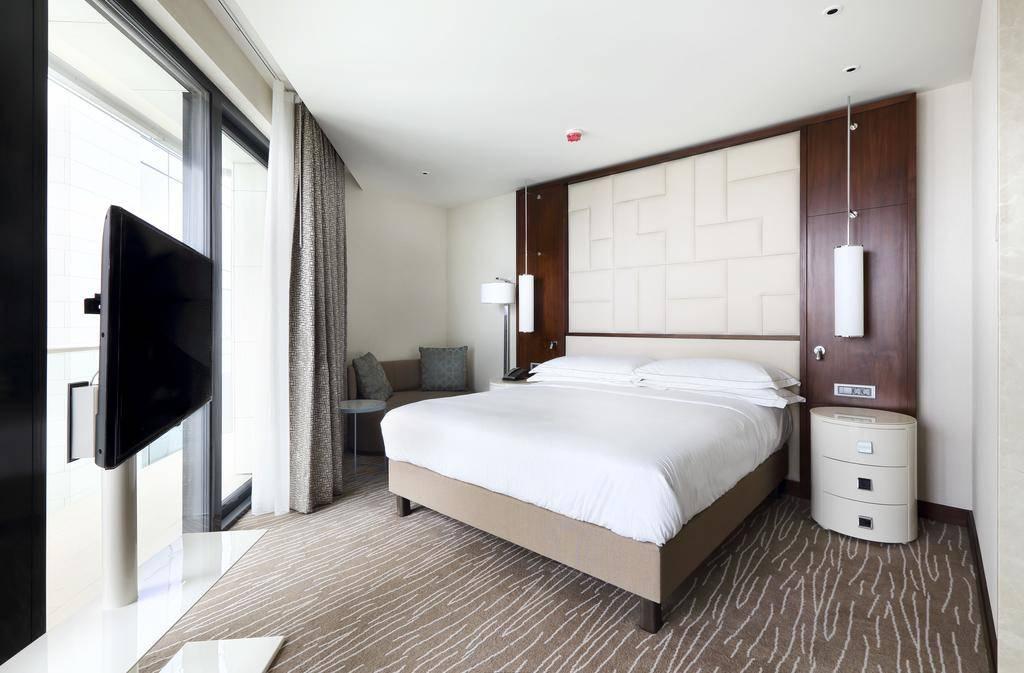 فندق هيلتون باتومي - افضل الاماكن السياحية في باتومي
