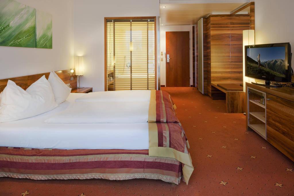 فندق غراور بار انسبروك - افضل فنادق انسبروك النمسا