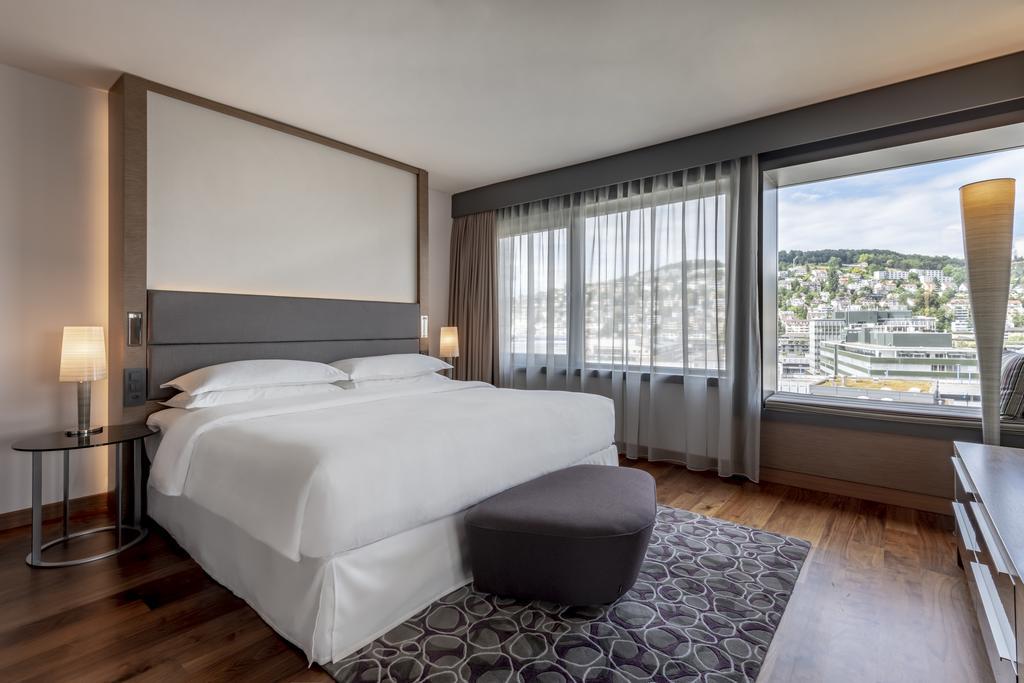 فندق شيراتون زيورخ