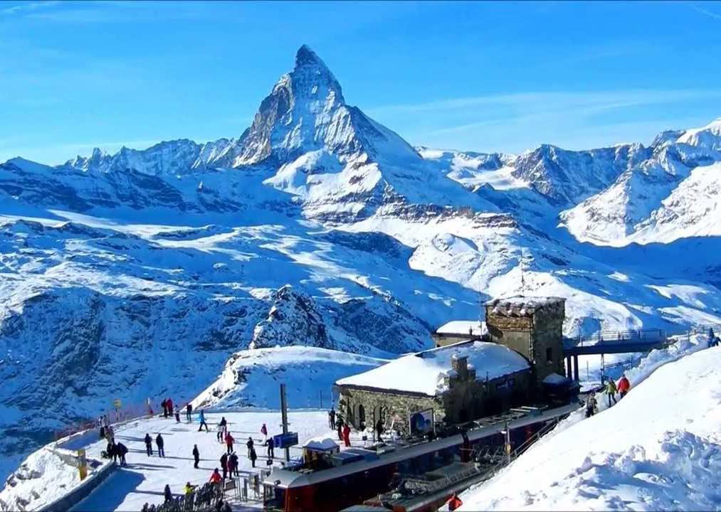 السياحة الشتوية في سويسرا