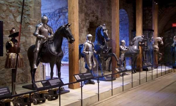 متحف الاسلحة الملكية ليدز