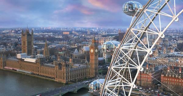لندن أي