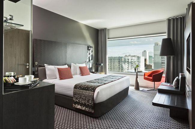 فنادق في لاديفانس باريس