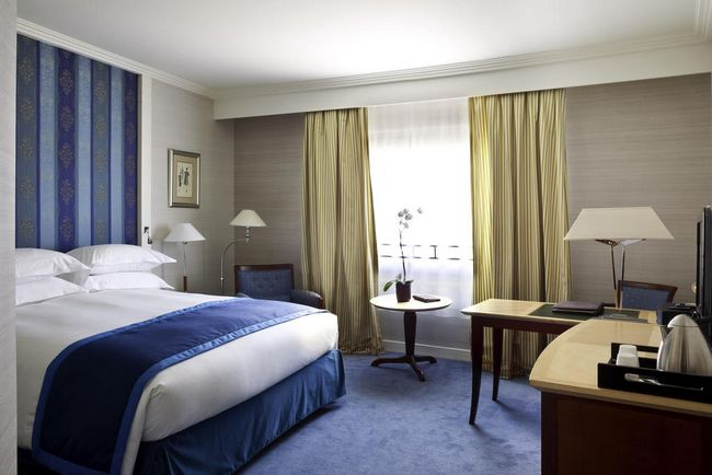 فنادق منطقة لاديفانس باريس