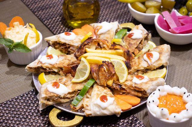 مطعم عروس دمشق الشارقه