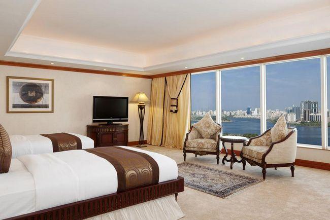 فنادق الشارقه